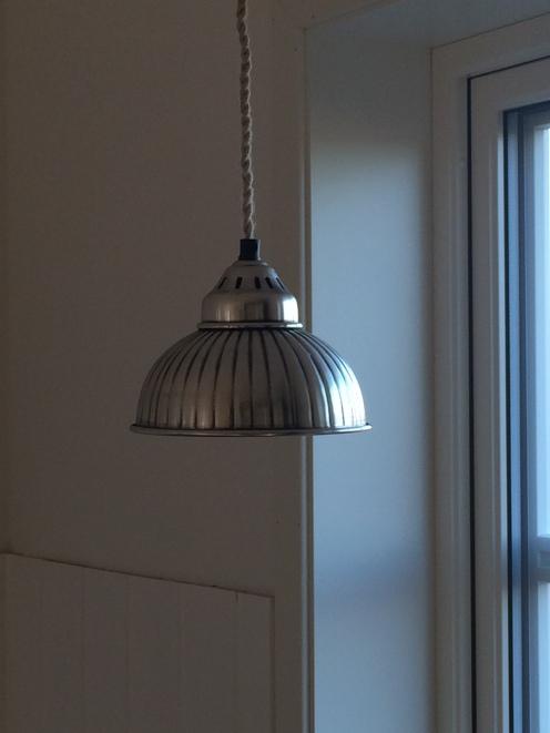 Die Lampen vom Little White Cottage haben ihre Bestimmung bzw. ihren Platz gefunden