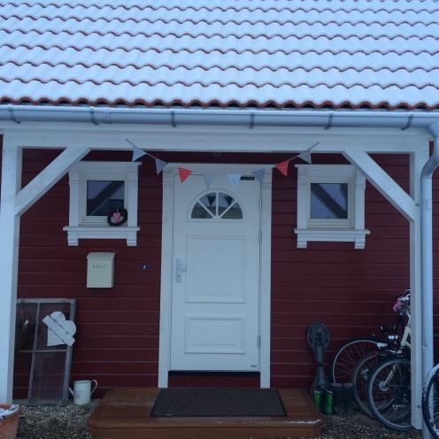 Rotes Haus im Winter 291